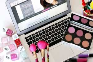 How to Make a Makeup Tutorial in 12 Easy Steps
