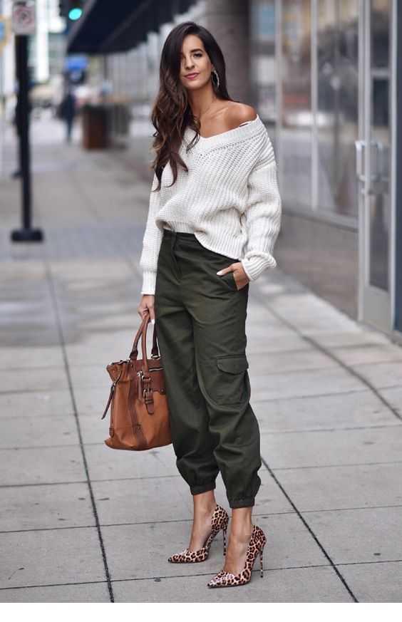 oversize sweater + cargo pants