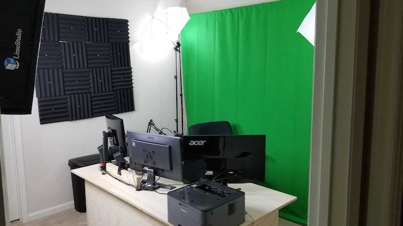 Green screen and computers