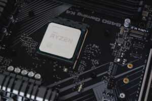 9 Best CPUs for Streaming and Gaming 2021
