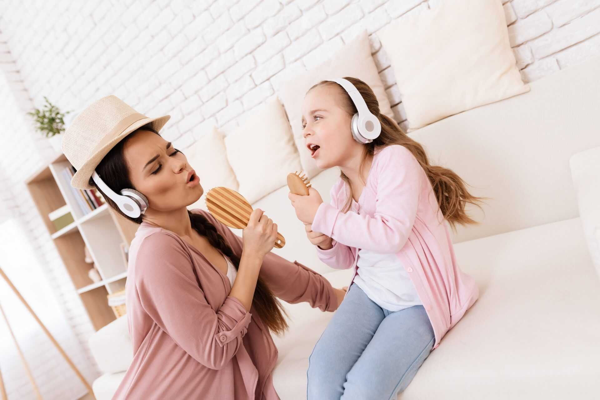 mother and daughter singing