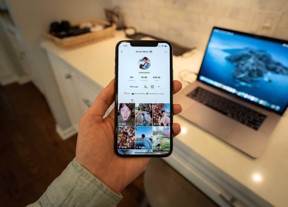 5 Best Phones for TikTok 2021